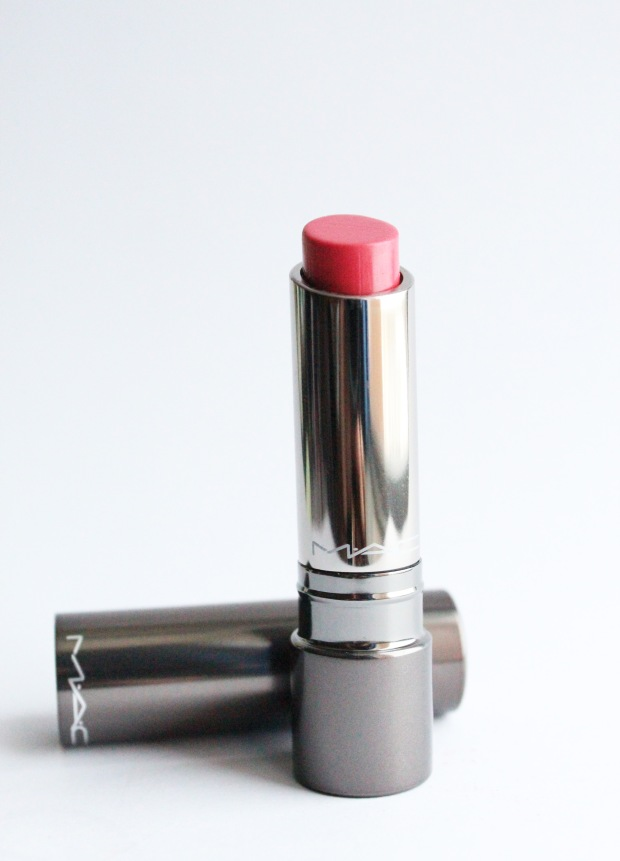 Mac Huggable 'Out For Passion' cap off