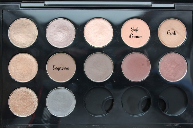 Matte eye look shadows