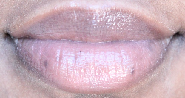 UD Gloss On Lips