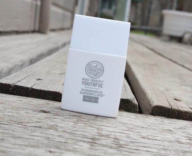 Soap & Glory Make Me Youthful Superfluid Sunshield