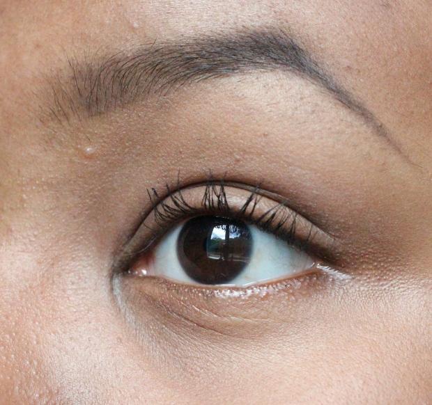 Mascara Trifecta extreme closeup